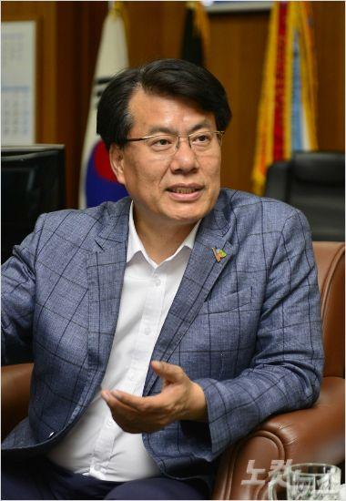 이근규 전 제천시장 선거법 위반 혐의 기소