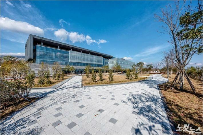 서귀포 헬스케어타운에 조성된 제주 녹지국제병원. (자료사진)