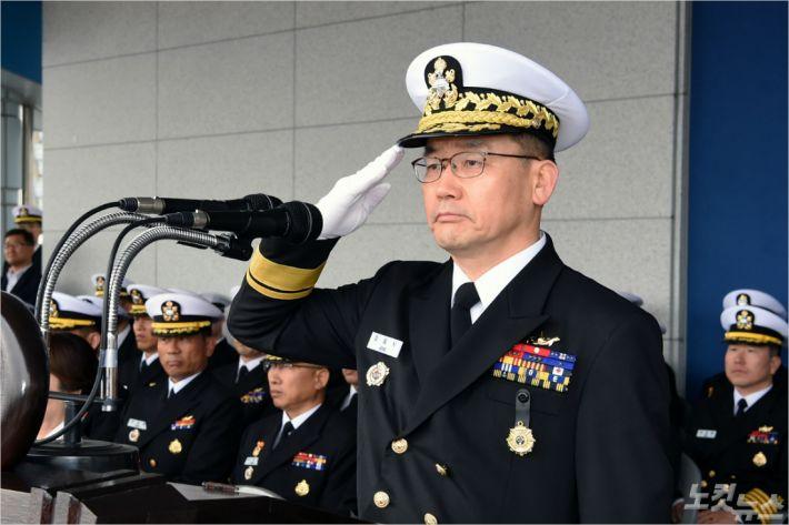 정일식 신임 잠수함사령관(사진=해군 제공)