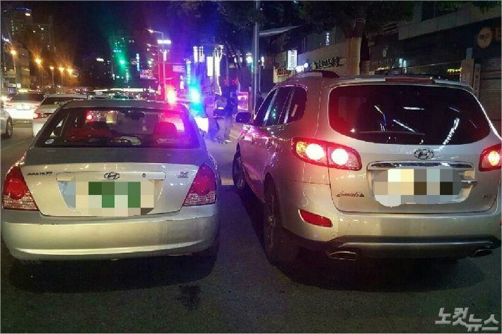 부산진구의 한 도로에서 40대 운전자가 음주 사고를 낸 뒤 달아나다가 경찰에 붙잡혔다. (사진=부산경찰청 제공)