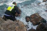 포항해경, 양포항 갯바위에 고립된 낚시객 2명 구조