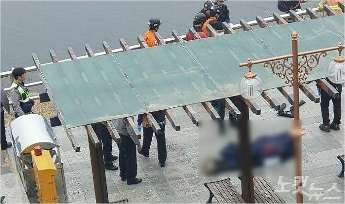 대청댐서 시체 떠올라..경찰 조사