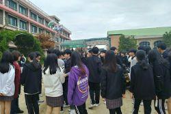 강원지역 지진으로 동해안 지역 학생들 긴급 대피