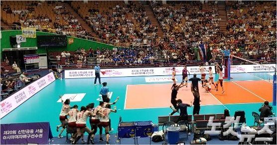 한국 꺾은 일본, 최정예 태국마저 격파