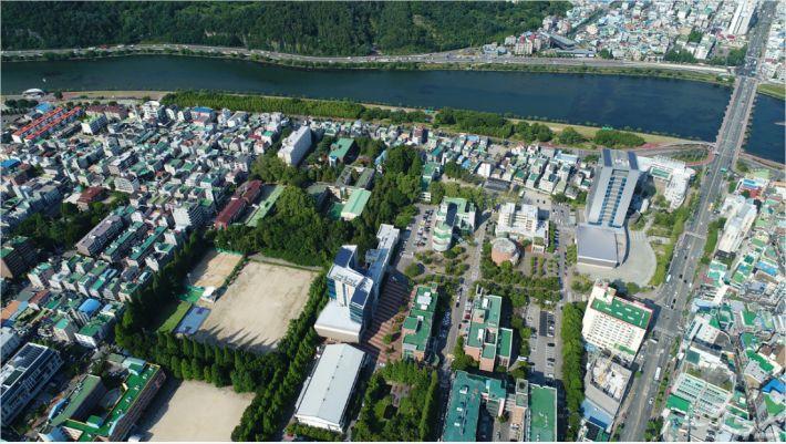 경남과기대 칠암캠퍼스 전경. (자료사진)