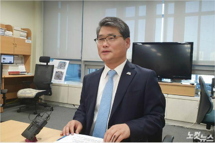 8일 전라북도 임상규 기획조정실장의 반박 기자회견(사진=김민성 기자)