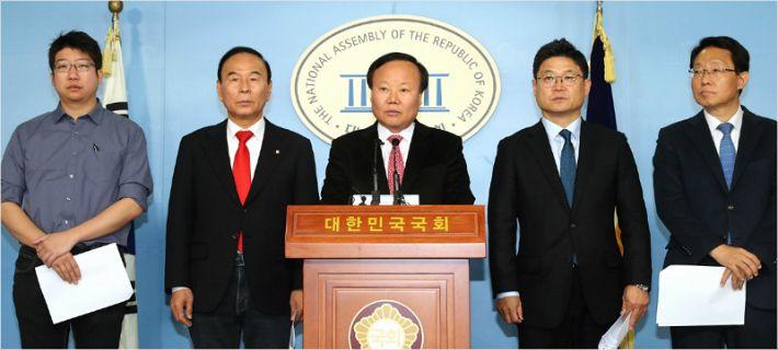 """한국당 2호 공약은 '주택'…""""1기 신도시 규제 풀자"""""""
