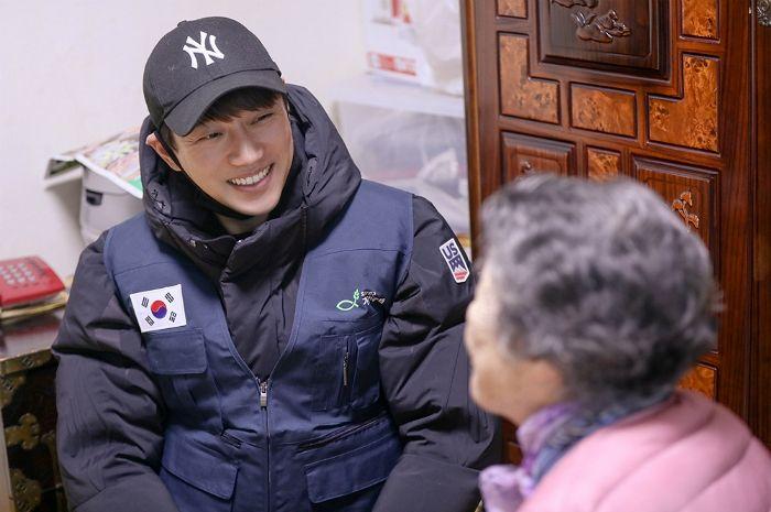 황치열, 팬클럽 '치여리더'와 함께 나눔 봉사 '훈훈'