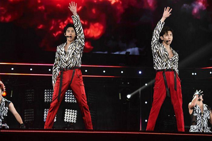 동방신기, 네 번째 日 돔 투어로 60만 관객 동원