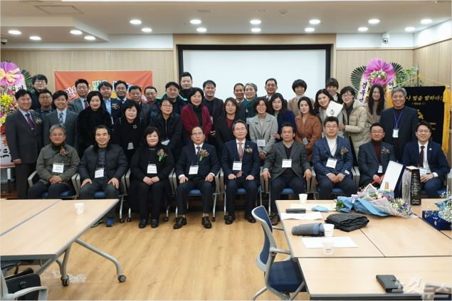 영일만CBMC는 6일 더조은요양병원 강당에서 정기총회 및 회장 이취임식을 개최했다. (사진=포항CBS)