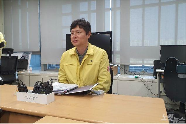 전라북도 강영석 보건의료과장이 전북지역 코로나19 상황을 설명하고 있다(사진=도상진 기자)