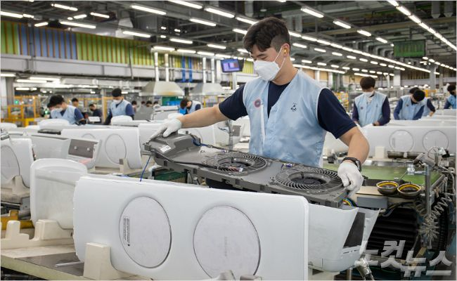 삼성전자 광주사업장, 초여름 더위에 무풍에어컨 생산라인 풀가동 (사진=삼성전자 제공)