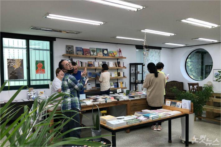 '강릉은 모두 작가다' 프로젝트를 통해 34명의 작가가 등록됐다.(사진=안상현대표 제공)