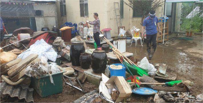 지난 폭우로 피해를 입은 이길교회.