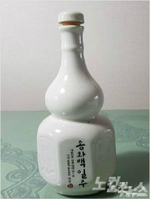 B의원에게 지난해 설명절에 배달된 송화백일주. (사진= 자료사진)
