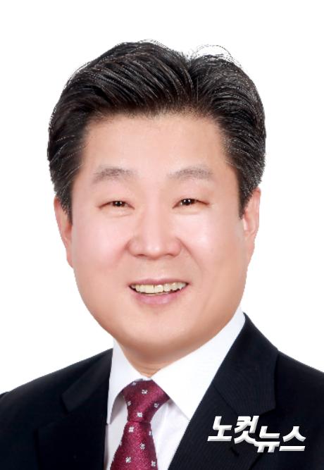 부산성시화운동본부장 유연수 목사.