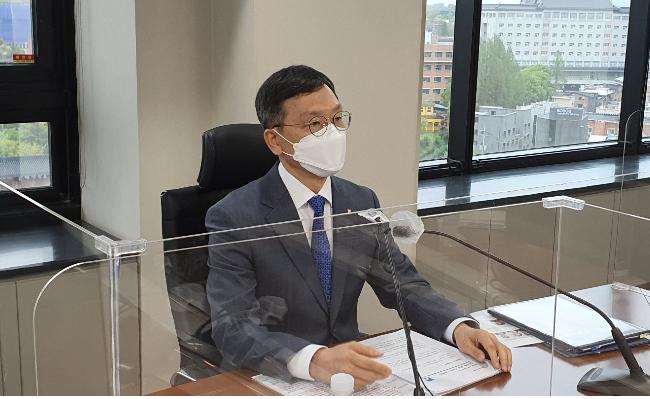 서한국 전북은행장이 취임 첫 기자회견을 통해 전북은행의 운영방향을 설명하고 있다. 도상진 기자