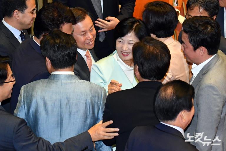 국회 본회의 김명수 대법원장 후보자 임명동의안 가결