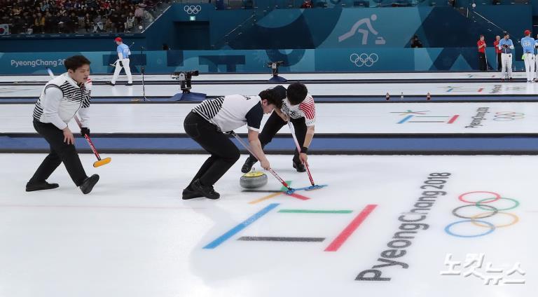 남자 컬링 대표팀, 이탈리아 꺾고 2승
