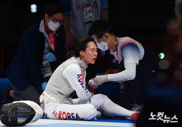 '팔꿈치 부상에도' 전희숙, 8강진출