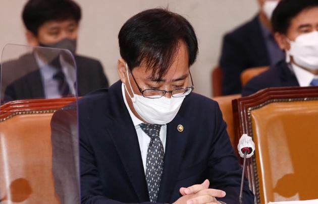 박준영 사퇴…