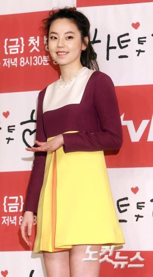 연기자로 돌아온 안소희,'미소는 여전히 귀엽네'