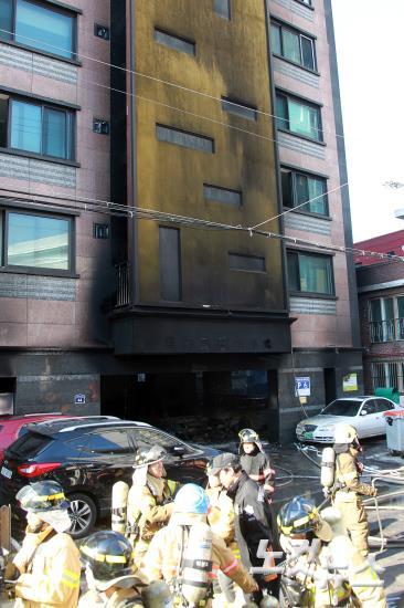 의정부 아파트 화재, 첫 화재 발생한 것으로 추정되는 아파트 주차장