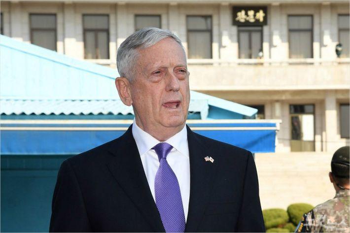 """美국방부 """"시리아 공습 목표는 3곳""""…공습 성공한 듯(종합)"""