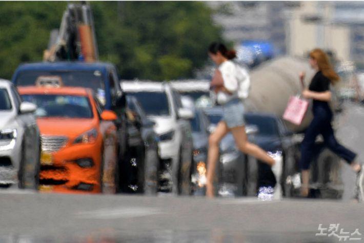 연일 '역대 최고'…1994년보다 더웠던 올여름 폭염도 끝물
