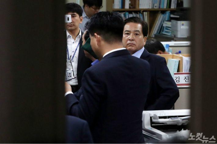 심재철 폭로전 용두사미로 끝나나…한국당 출구전략 고심