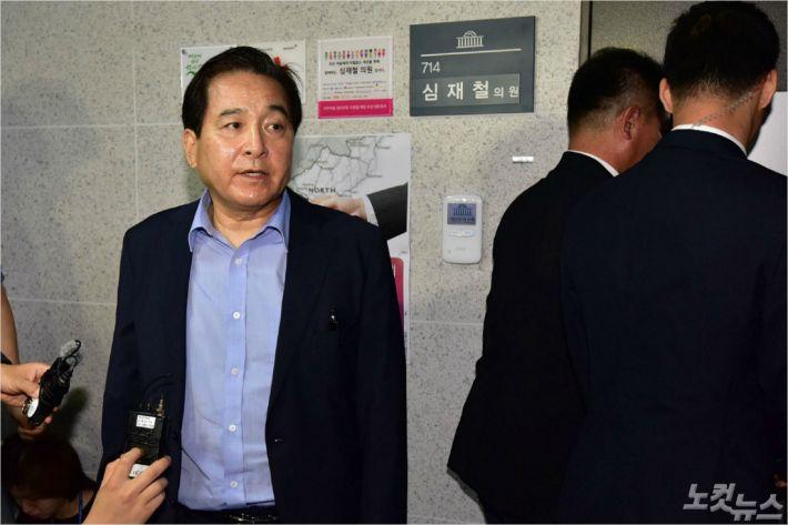 """""""심재철 재정정보 유출, 관리자 모드였다""""…개발자 백도어 의혹도"""