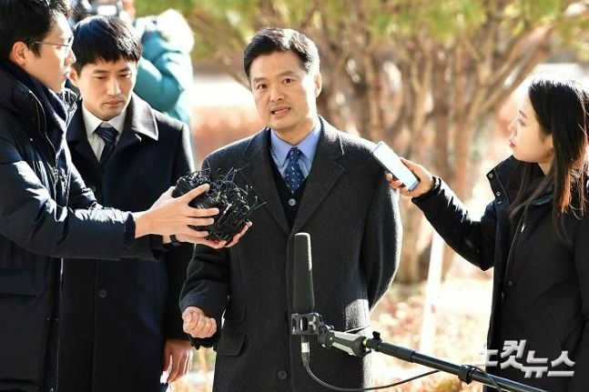검찰, 김태우 재소환…'환경부 블랙리스트 의혹' 조사도