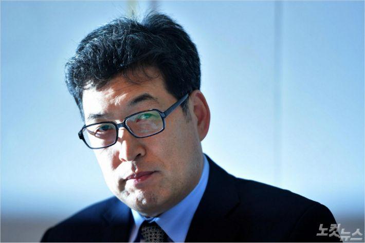 """폭력으로 만든 금메달…""""한국인 모두 공범"""""""