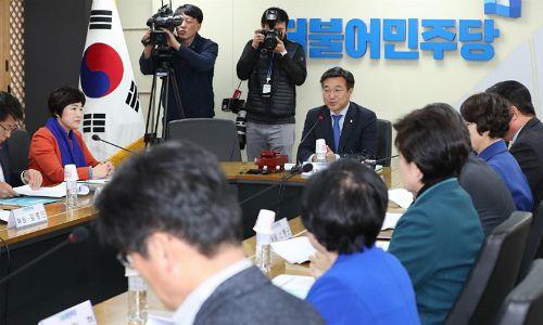 민주당 광주 지역위원회 절반이 '직무대행'…책임정치 실종 비판