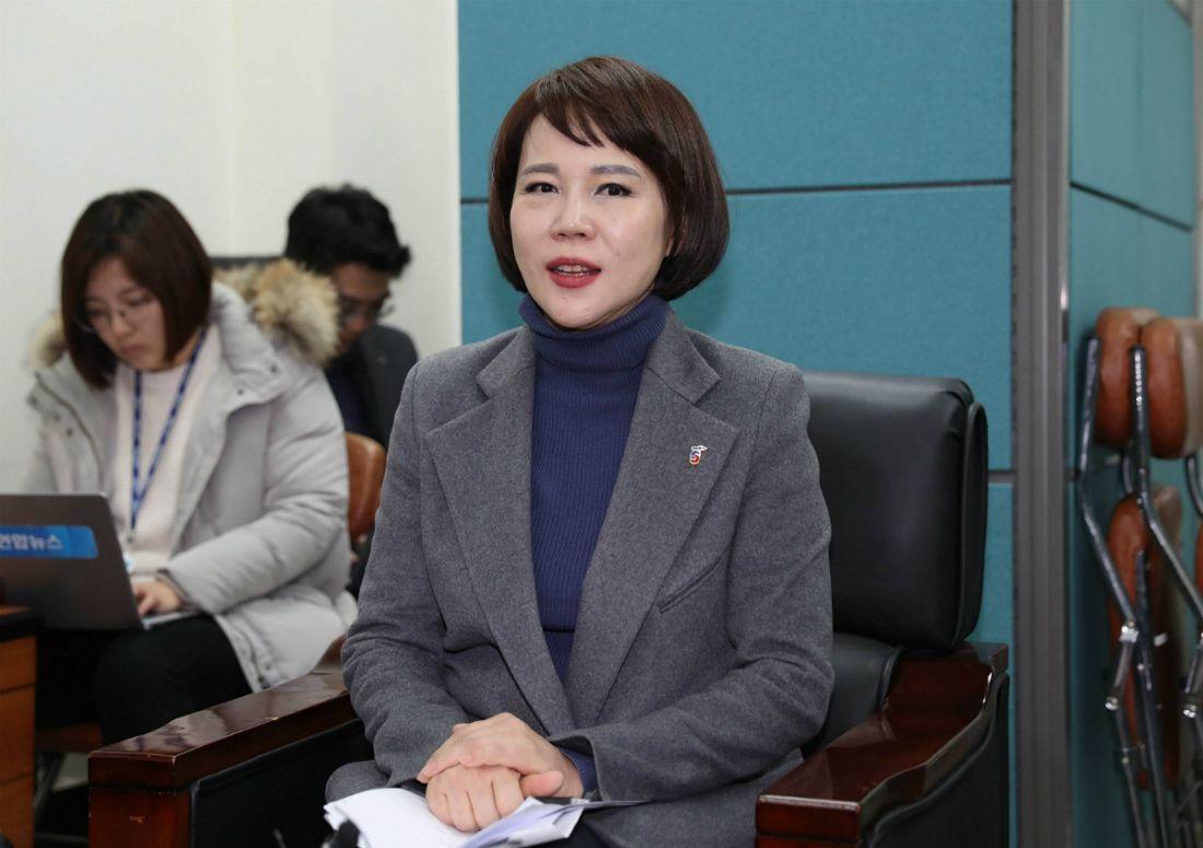 """전현희 """"택시·카풀 대타협 이달 내 결론…쉽지는 않아"""""""