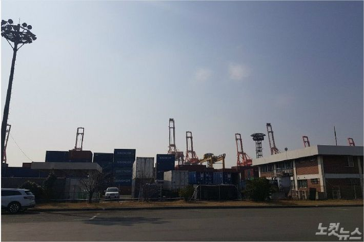 """""""'부산항 삼각 커넥션' 수면 위로 드러나나?""""…검찰 수사 확대"""