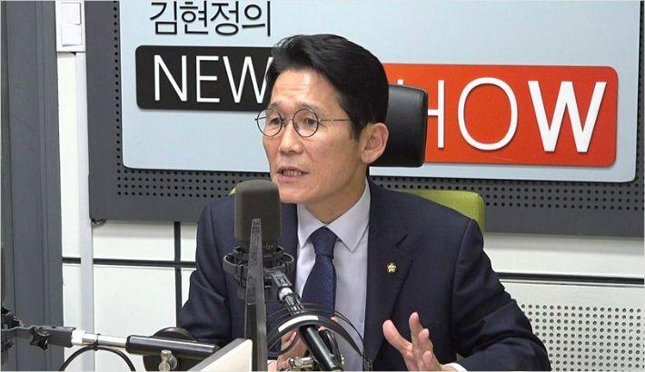 """윤소하 """"새 선거제가 정의당 유리? 선관위안이면 21석"""""""
