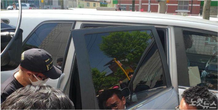 재혼한 남편과 공모해 친딸 살해한 혐의 친모 구속영장 기각