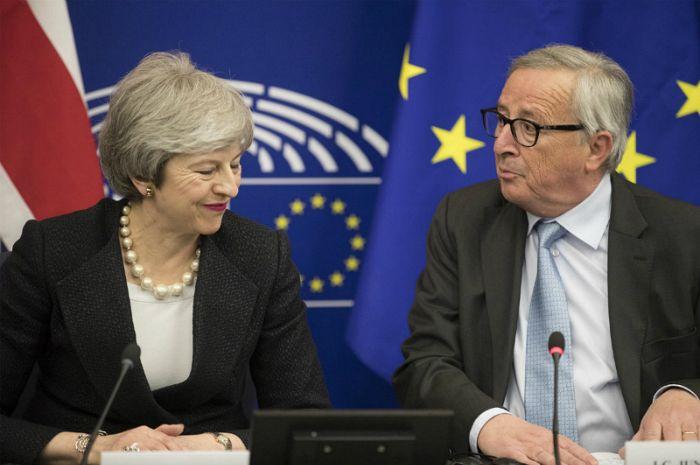 英 총리, 브렉시트 제2국민투표 가능…유럽연합탈퇴협정 내용 발표