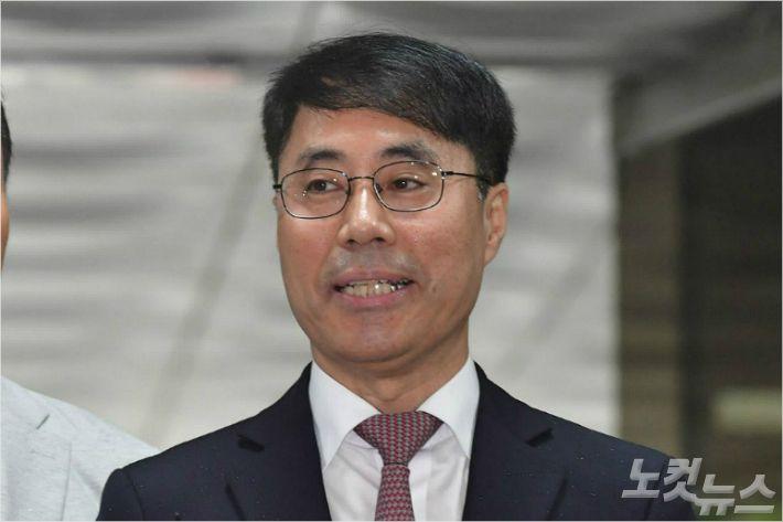 """유해용의 반격 """"조서 중심 재판, 문제 있다"""""""