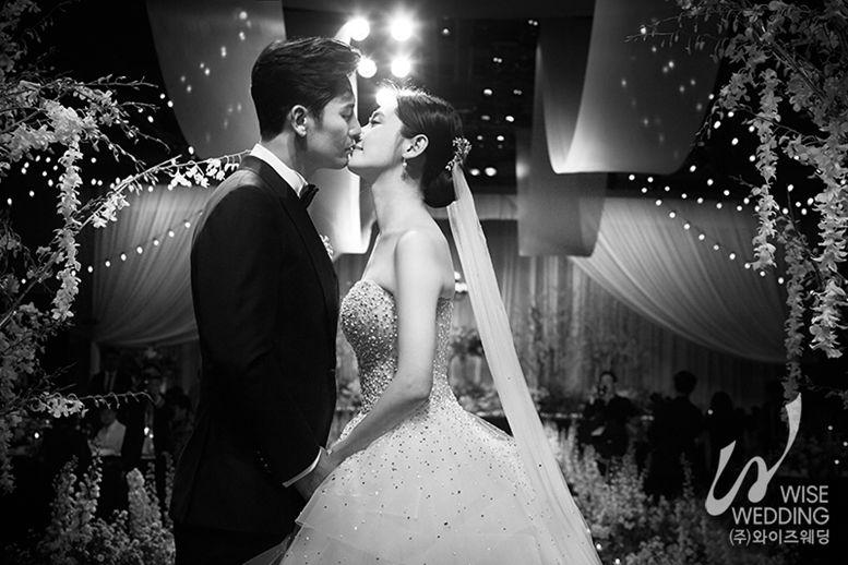 [화보] 추자현♥우효광의 행복한 결혼식