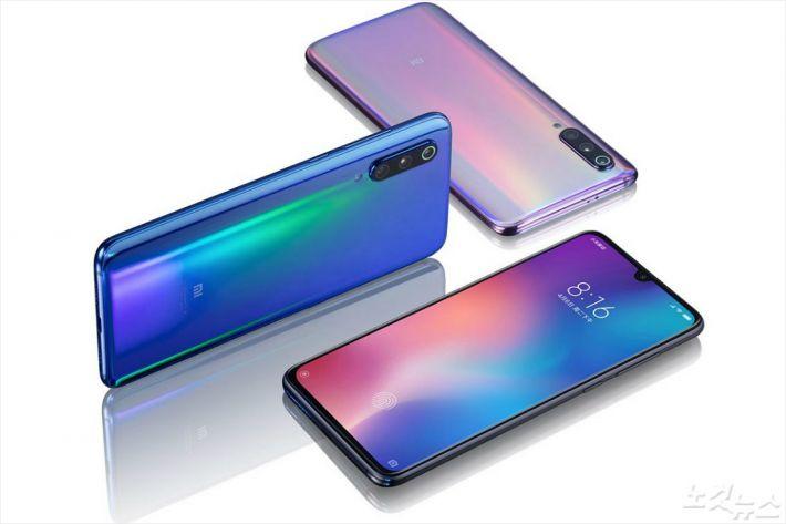 샤오미 플래그쉽 스마트폰 Mi 9…60만원 최고급 사양