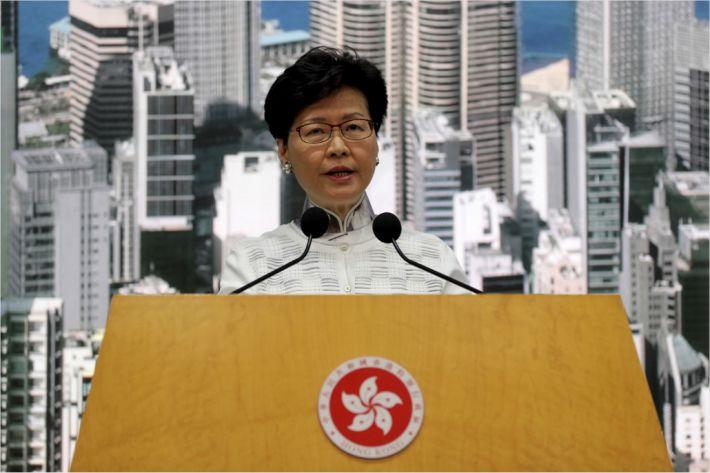 홍콩 100만 넘어 200만 시민 나서자…캐리 람 행정장관 뒤늦은 사과