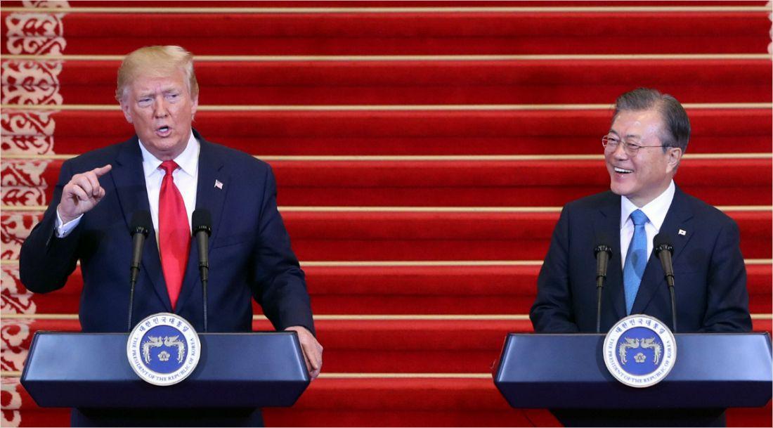 """靑 """"문 대통령, 한미회담 때 트럼프에 한일 갈등 관심 요청"""""""