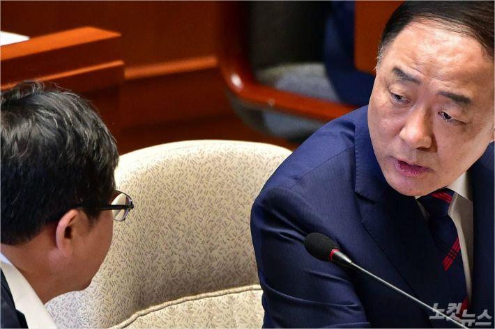 """민주 """"對日 몫 추경 2731억원…7월말 시한"""""""