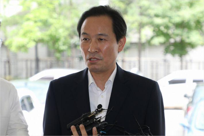 """우상호 의원 """"한국당 고발해놓고 출석안하는건 괴이해"""""""