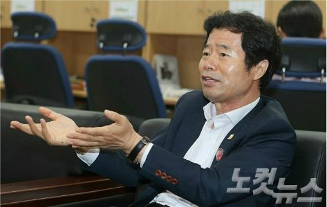 """김승환 시도교육감협의회장 """"상산고 부동의 소송 내겠다"""""""