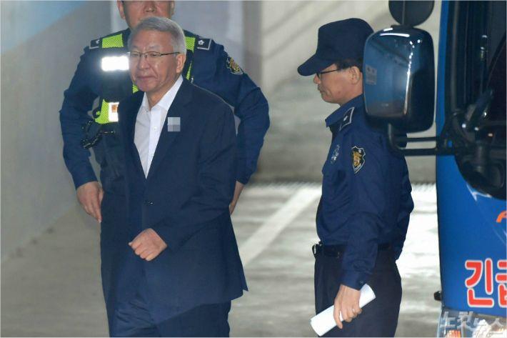 [훅!뉴스] 전범기업 단골 김앤장, 사법농단 책임엔 쏙 빠져
