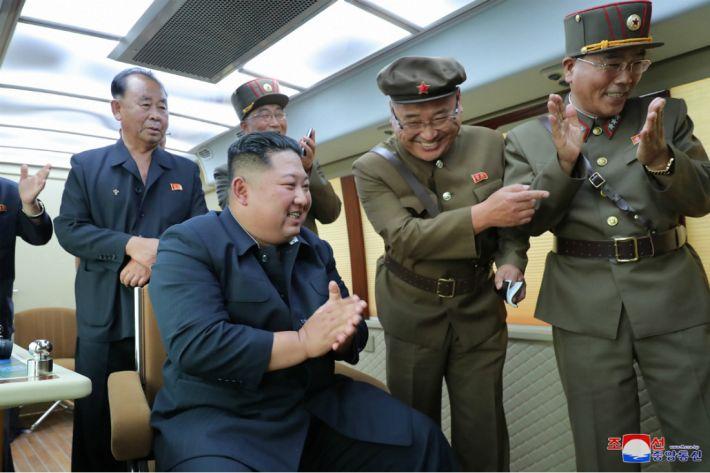 [칼럼] 김정은이 문재인을 조롱하는 이유
