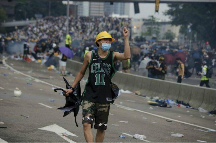 홍콩 시위 동영상 올린 中 인권변호사 돌연 실종